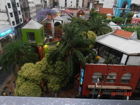 Europlaza Hotel & Suites: Vista do apartamento 306