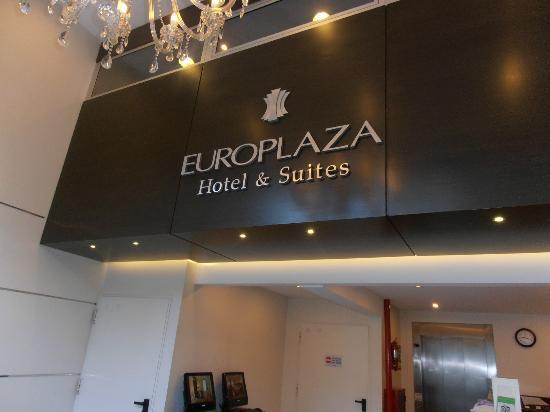 Europlaza Hotel & Suites: Entrada