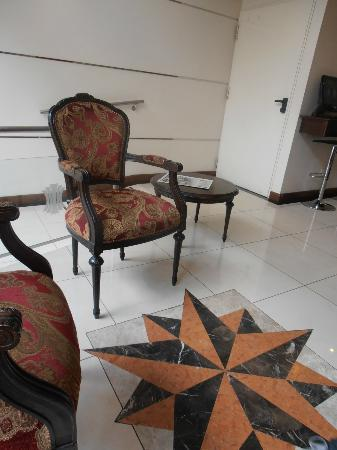 Europlaza Hotel & Suites照片