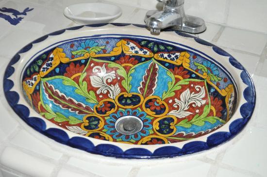 Esplendor Resort at Rio Rico: Bathroom sink.