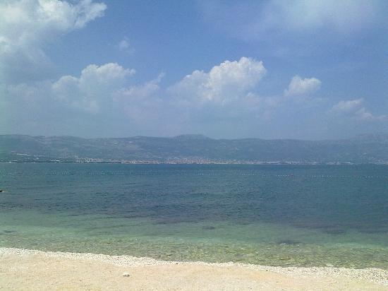 Villa Malo More: пляж на о. Чиово