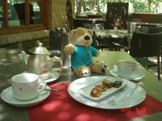 Parador de Granada: カフェ