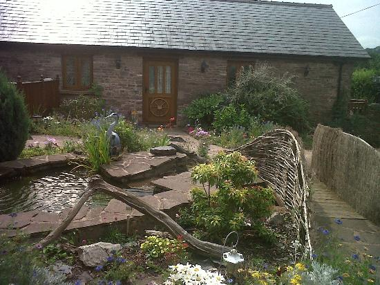Usk Country Cottages: birch cottage