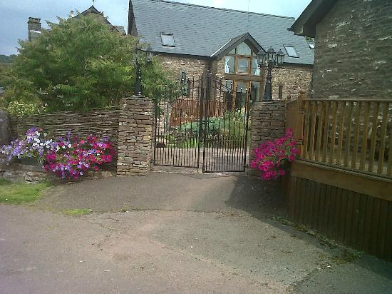 Usk Country Cottages: views courtyard