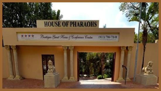 House of Pharaohs Boutique Guesthouse & Conference Centre: Secured entrance