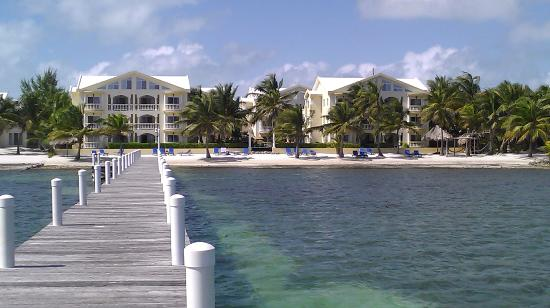 Pelican Reef Villas Resort: Looking at Pelican Reef Villas from the end of the pier.