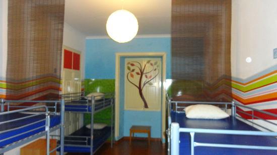 Shangri-Lagos Hostel: 8 Mix Dorm