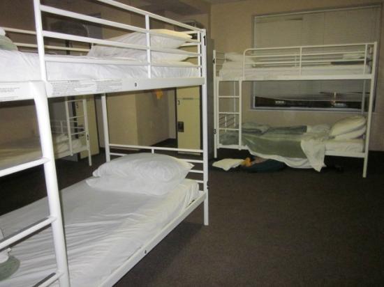 HI Washington DC Hostel: Sleeping