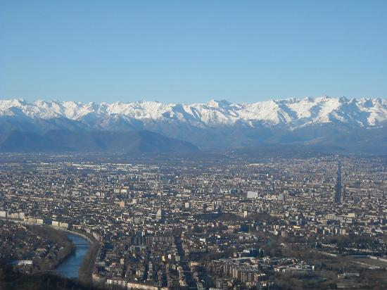 Провинция Турин, Италия: Torino e la Mole, vista dalla Cupola della Basilica di Superga