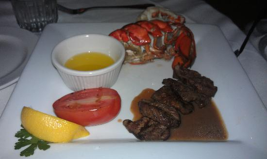 McCormick & Schmick's Seafood: Beef Medallions and Lobster Tail