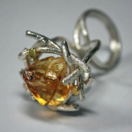 New Ashgate Gallery: Ruta Brown jewellery