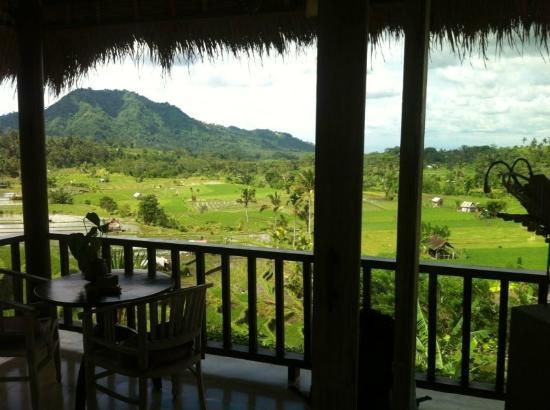 Surya Shanti Villa: Vista dalla camera