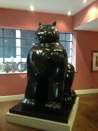 The Soho Hotel: Reception 'kitty'