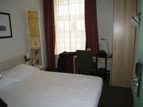 Singel Hotel: room