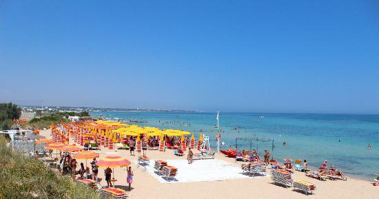 Monopoli, إيطاليا: spiaggia 