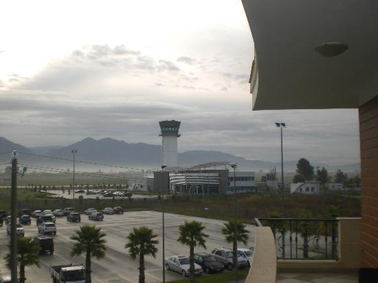 Hotel Airport Tirana: View of the Airport (unusually charmiong for an airport!)