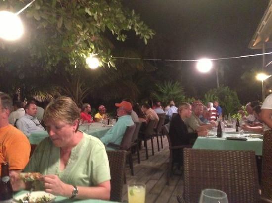 ‪‪El Pescador Resort‬: Group dinner, a great time