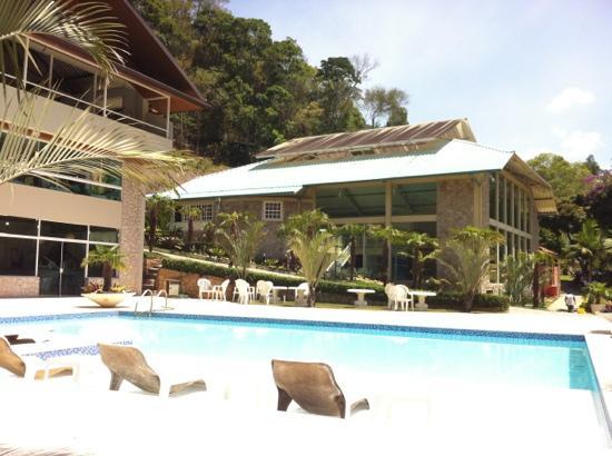 Hotel Vila Verde: Piscina
