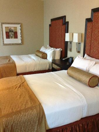The Skirvin Hilton Oklahoma City: Double guest room