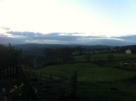 Hare and Hounds Country Inn: Pub View!
