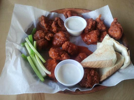 Smoky Mountain Wing & Grill: 15 piece wings: Medium, Hot, Extra Hot
