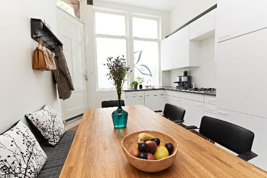 Amsterdam Furnished Apartments: Greener Grounds