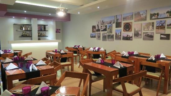 Bilbao comida fusion: comedor con aire acondicionado