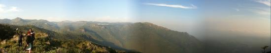 Mount 'n' Mist: View#2 - Trekking