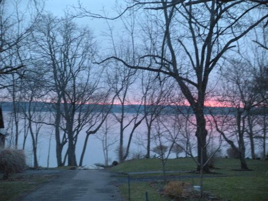 E.B. Morgan House: View of lake at sunset