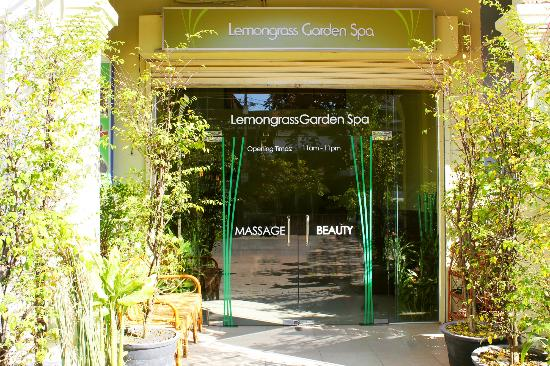 Lemongrass Garden Beauty & Massage: Our newest spa,opened 4th November 2012. We are easily found by asking any tuktuk driver for KFC