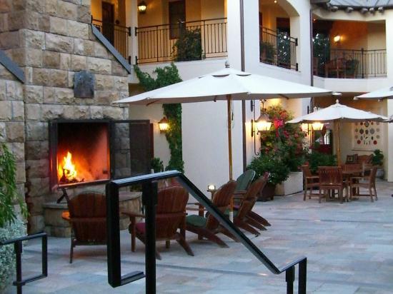 Hotel Cheval: Cozy