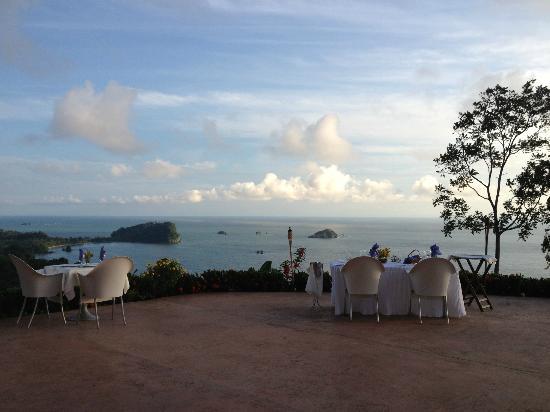 La Mariposa Hotel: Dining