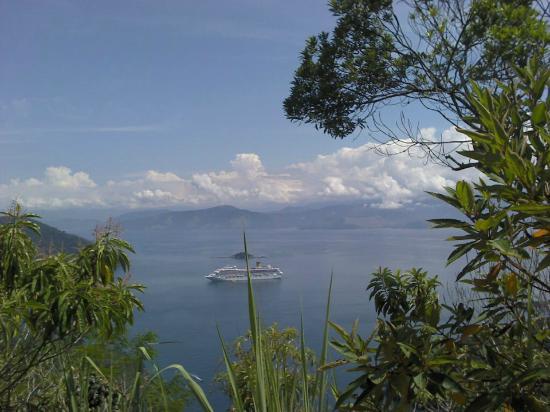 Lopes Mendes Beach: Llegando caminando a la isla tenemos esta vista increíble.