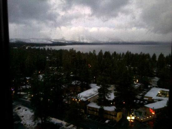 Harveys Lake Tahoe: Lake Tahoe view from room 1517