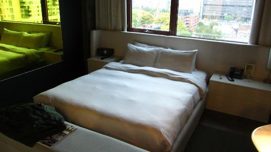 Hotel Zero 1: BED