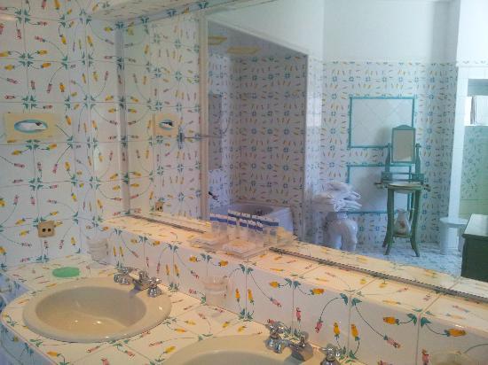 Hotel La Floridiana: bagno camera