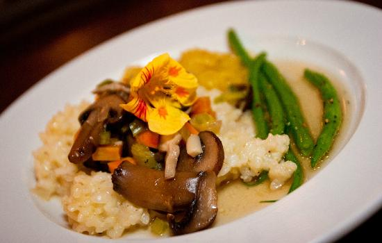 West Mountain Inn: Farm to table dining, mushroom risotto