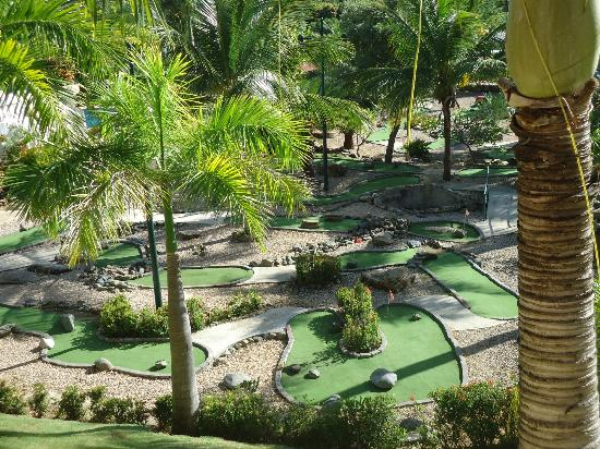 The Fajardo Inn: Golf