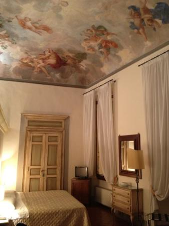 Hotel Burchianti: our bedroom.