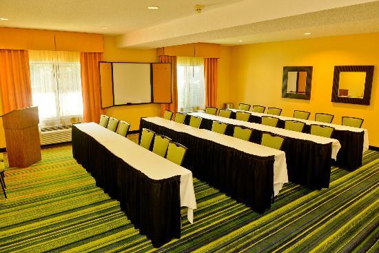Fairfield Inn Louisville South : Meeting Facilities
