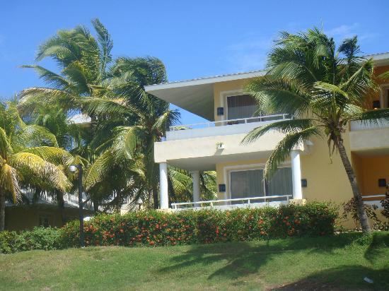 Paradisus Varadero Resort & Spa: Nuestra habitación, foto tomada desde la orilla de la playa