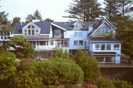Ocean House Bed and Breakfast: Main House