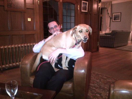 Cragwood Country House Hotel: Andrew with his new friend!