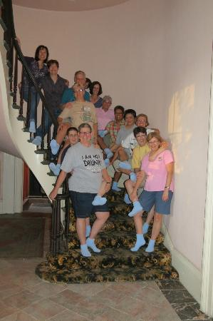 Olivier House Hotel: Our travel group of 14 on the circular stairway