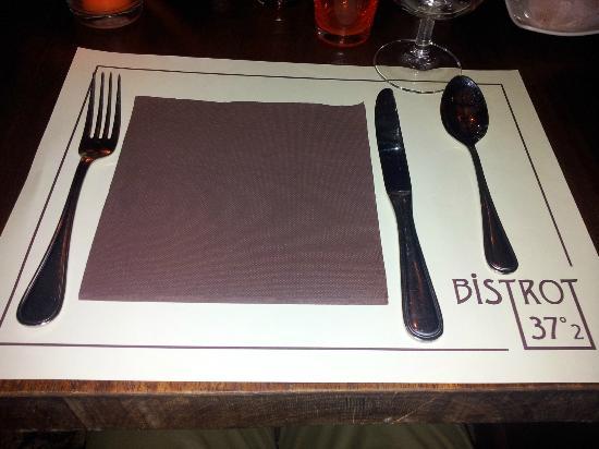 Le bistrot 37°2 : la table...