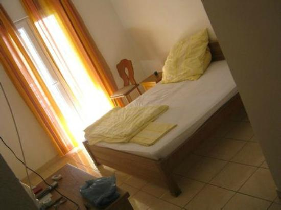 Sun Hostel Budva: Room1
