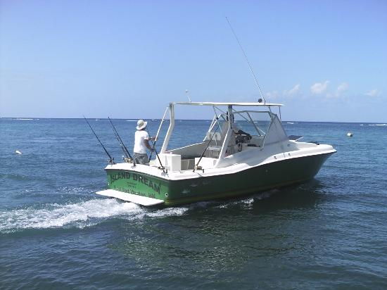 Roatan Anglers - Picture of Roatan Anglers - Fishing Day Charters ...