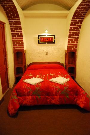 Hostal El Solar: habitación Matrimonial