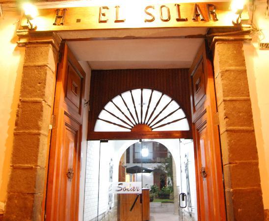 Hostal El Solar: Entrada