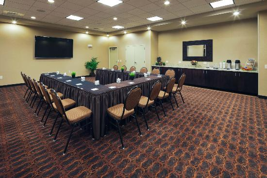 Hampton Inn Beloit: Meeting Room - U shape seating